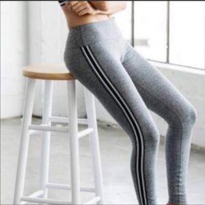 Spiritual gangster grey leggings with side stripes